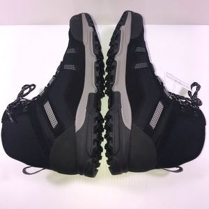 eabf7a08eed Under Armour Post Canyon Sz 13 Boots 1287343-001 NWT